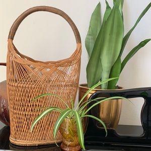 Wicker Wine Basket with Handle